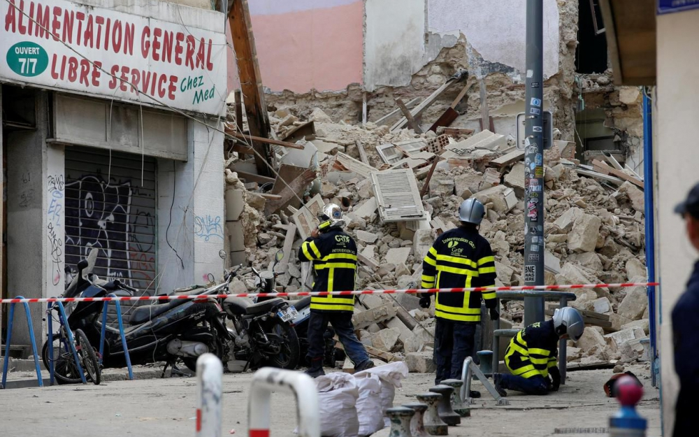 Effondrement d'un immeuble à Marseille